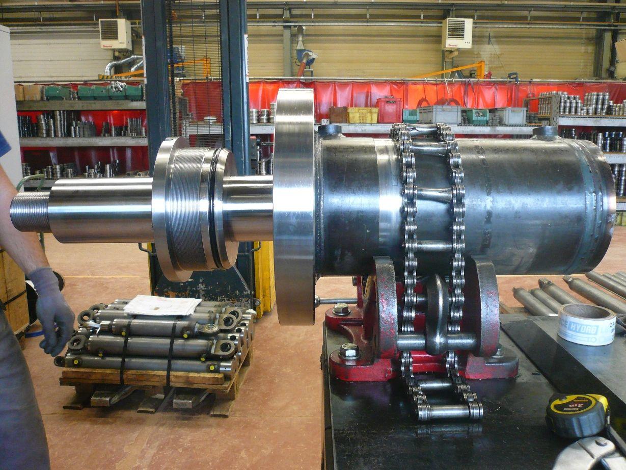 Outillage pour la fabrication de vérins hydrauliques